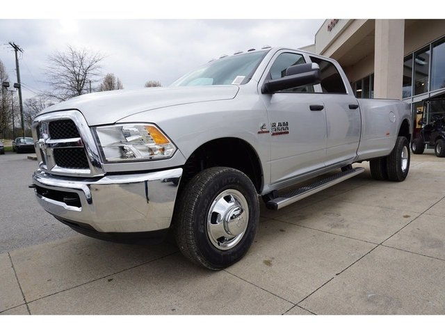 2018 Ram 3500 Crew Cab DRW 4x4,  Pickup #8388-18 - photo 3