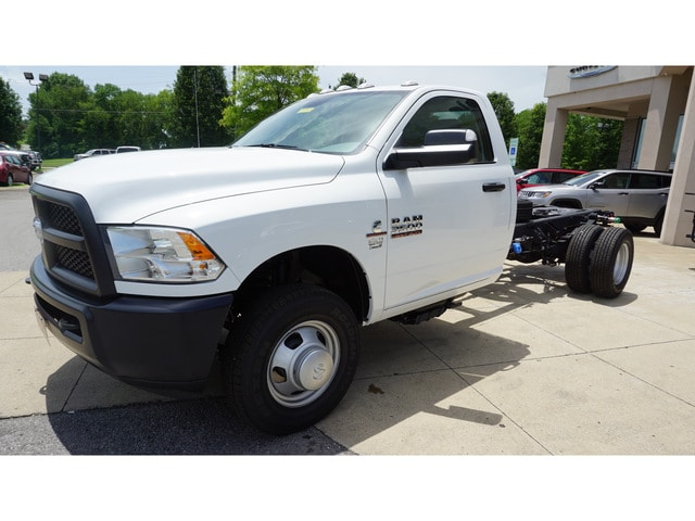 2018 Ram 3500 Regular Cab DRW,  Cab Chassis #8473-18 - photo 3