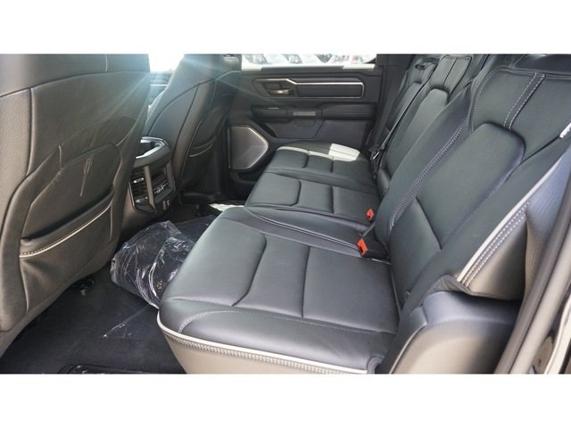 2019 Ram 1500 Crew Cab 4x4,  Pickup #8556-19 - photo 5
