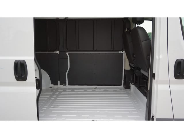 2018 ProMaster 1500 High Roof FWD,  Empty Cargo Van #8564-18 - photo 2