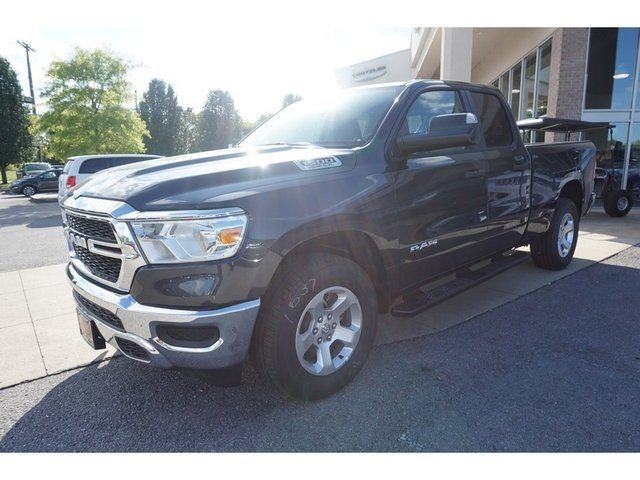 2019 Ram 1500 Quad Cab 4x4,  Pickup #8585-19 - photo 3