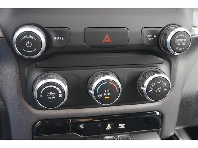 2019 Ram 1500 Quad Cab 4x2,  Pickup #8647-19 - photo 6
