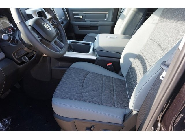 2019 Ram 1500 Crew Cab 4x4,  Pickup #8734-19 - photo 2