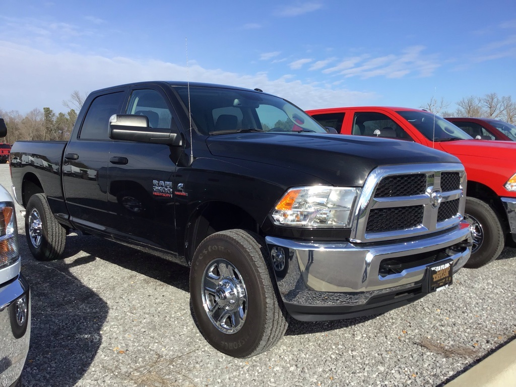 2018 Ram 2500 Crew Cab 4x4,  Pickup #303661 - photo 3