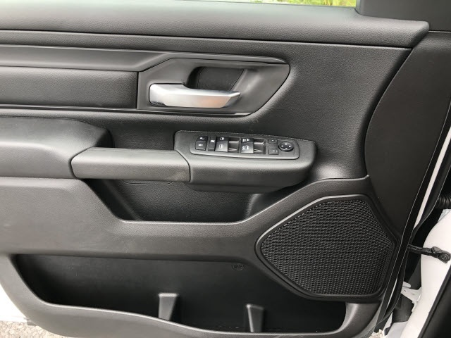 2019 Ram 1500 Crew Cab 4x4,  Pickup #542182 - photo 15