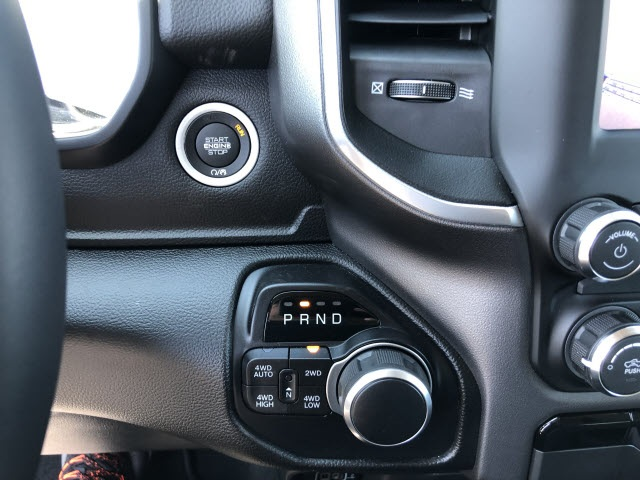 2019 Ram 1500 Crew Cab 4x4,  Pickup #826700 - photo 8