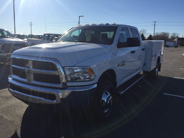 2017 Ram 3500 Crew Cab DRW 4x4, Service Body #H2191 - photo 4