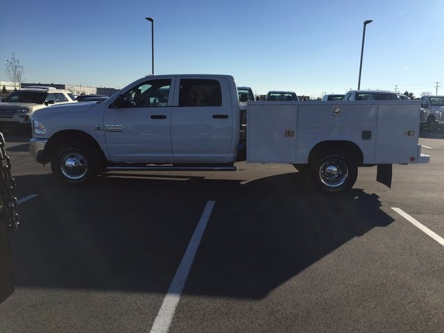 2017 Ram 3500 Crew Cab DRW 4x4, Service Body #H2191 - photo 5