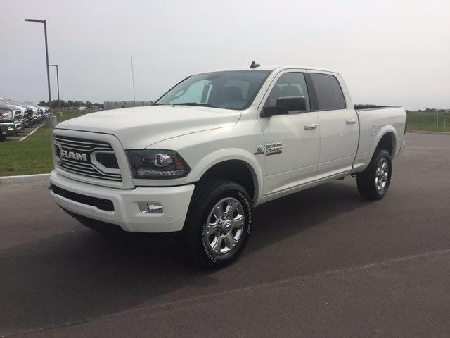 2018 Ram 2500 Crew Cab 4x4,  Pickup #J2013 - photo 4