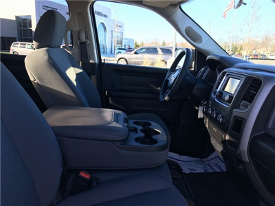 2018 Ram 1500 Crew Cab 4x4, Pickup #J2252 - photo 10