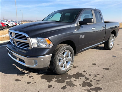 2018 Ram 1500 Quad Cab 4x4, Pickup #J2357 - photo 4