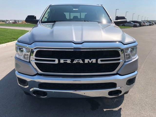 2019 Ram 1500 Crew Cab 4x4,  Pickup #K3059 - photo 3