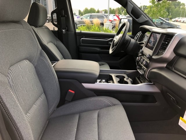 2019 Ram 1500 Crew Cab 4x4,  Pickup #K3072 - photo 10