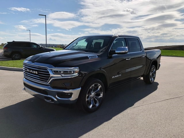 2019 Ram 1500 Crew Cab 4x4,  Pickup #K3136 - photo 4