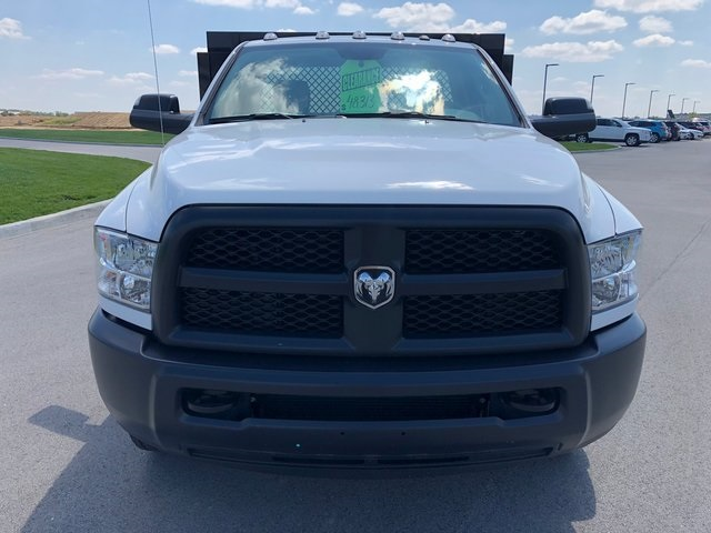 2017 Ram 3500 Regular Cab DRW 4x4,  Platform Body #T1676 - photo 3