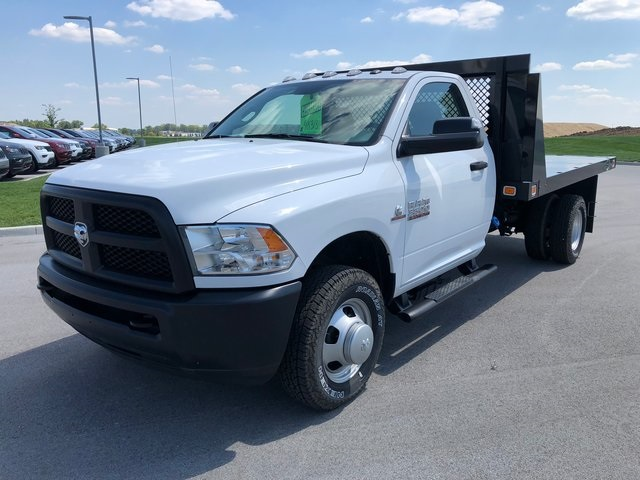 2017 Ram 3500 Regular Cab DRW 4x4,  Platform Body #T1676 - photo 4