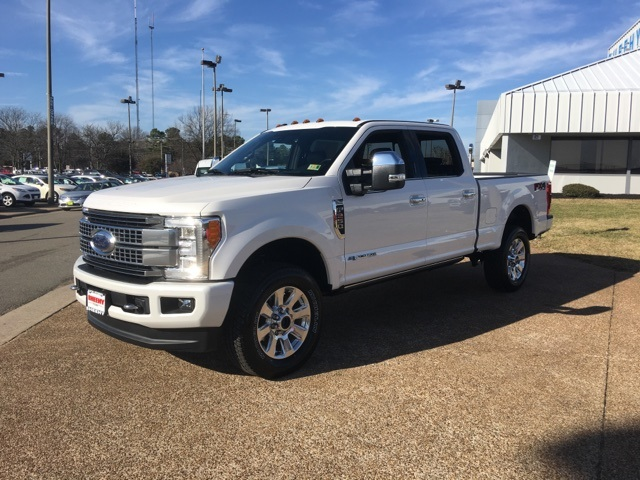 2018 F-250 Crew Cab 4x4, Pickup #NB26572 - photo 4