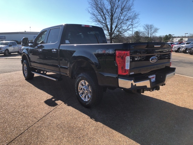 2018 F-250 Crew Cab 4x4, Pickup #NB47920 - photo 6