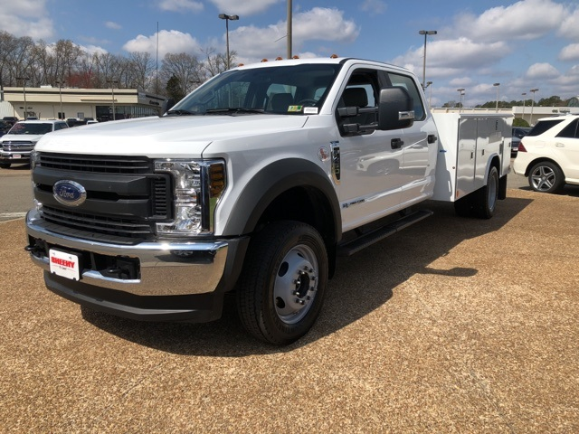 2018 F-450 Crew Cab DRW 4x4, Reading Service Body #NB92746 - photo 4