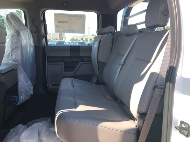 2018 F-550 Crew Cab DRW 4x4,  Reading Contractor Body #NB98913 - photo 11