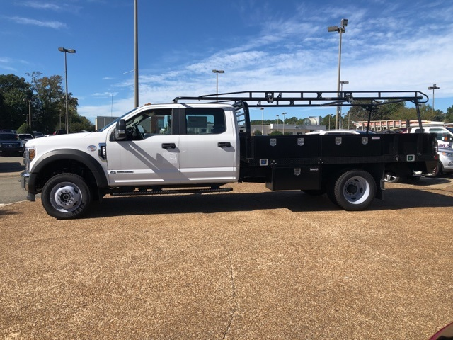 2018 F-550 Crew Cab DRW 4x4,  Reading Contractor Body #NB98913 - photo 5