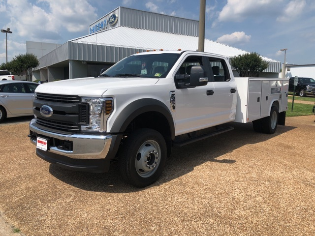2018 F-450 Crew Cab DRW 4x4,  Reading Service Body #NC14061 - photo 4