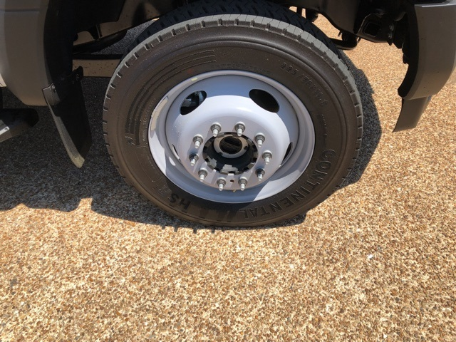 2018 F-550 Crew Cab DRW 4x4,  Reading Service Body #NC14062 - photo 9