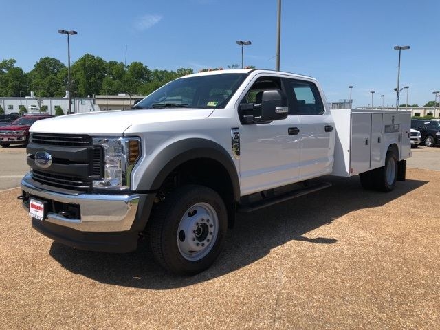2018 F-550 Crew Cab DRW 4x4,  Reading Service Body #NC14062 - photo 4