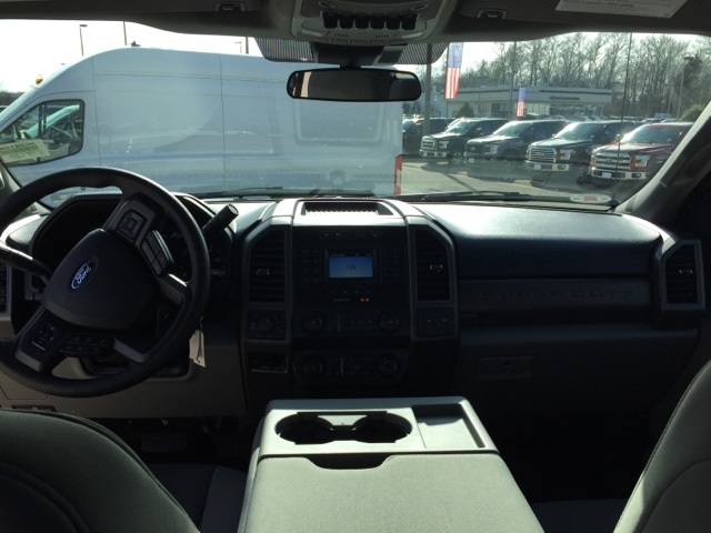 2020 F-250 Crew Cab 4x4, Pickup #NC38108 - photo 12