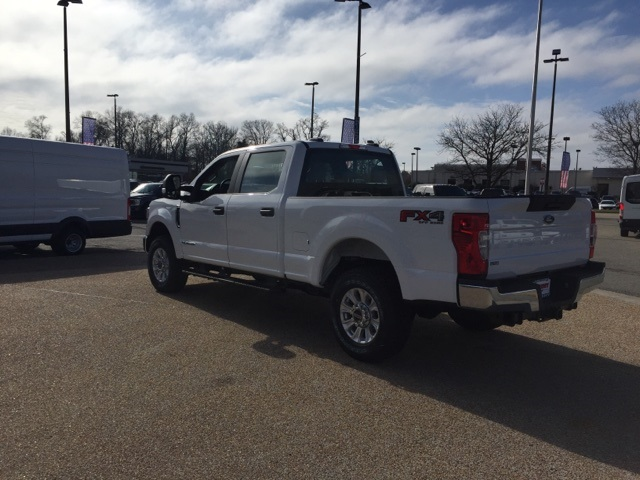 2020 F-250 Crew Cab 4x4, Pickup #NC38108 - photo 6
