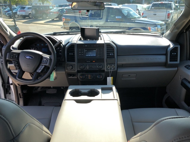 2019 F-350 Crew Cab 4x4,  Reading Service Body #NC52148 - photo 13