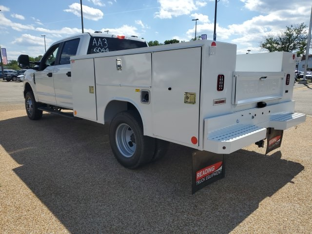 2020 F-350 Crew Cab DRW 4x4, Reading SL Service Body #NC56044 - photo 6