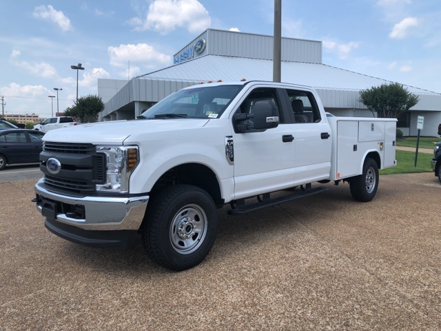 2018 F-350 Crew Cab 4x4,  Reading Service Body #NC70430 - photo 4