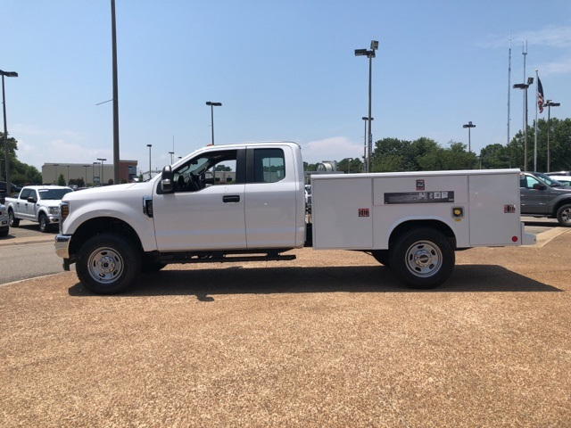 2018 F-350 Super Cab 4x4,  Reading Service Body #NC71098 - photo 5