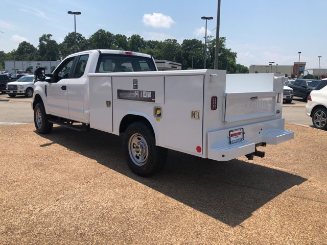 2018 F-350 Super Cab 4x4,  Reading Service Body #NC71098 - photo 6