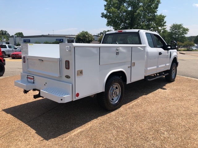 2018 F-350 Super Cab 4x4,  Reading Service Body #NC71098 - photo 2