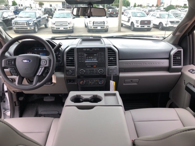 2018 F-350 Crew Cab 4x4,  Reading Service Body #NC82354 - photo 12