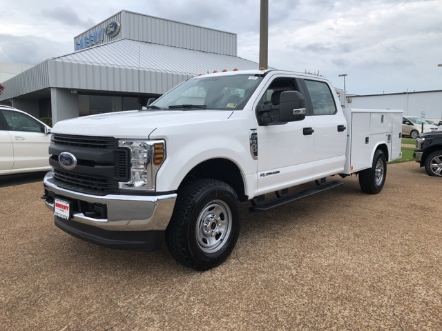 2018 F-350 Crew Cab 4x4,  Reading Service Body #NC82354 - photo 3