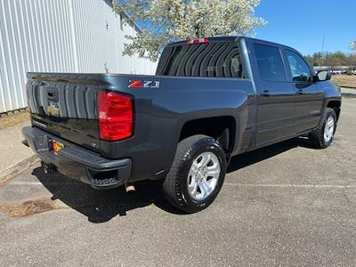 2018 Chevrolet Silverado 1500 Crew Cab 4x4, Pickup #ND05697A - photo 2