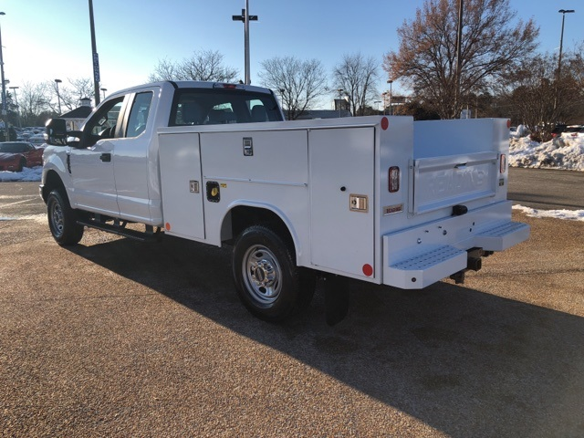 2019 F-250 Super Cab 4x4,  Reading Service Body #ND19943 - photo 5