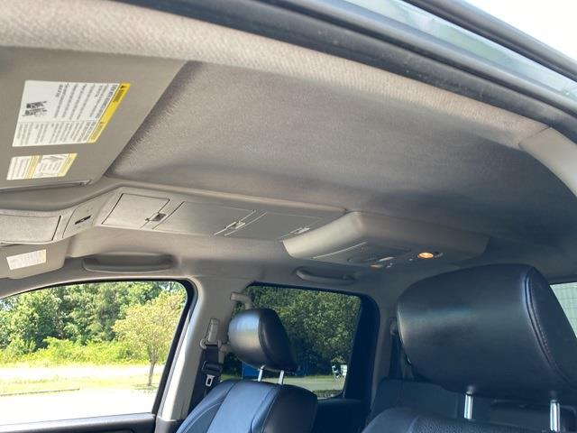 2012 Nissan Titan Crew Cab 4x4, Pickup #ND29126A - photo 12