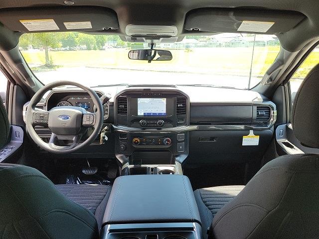 2021 Ford F-150 SuperCrew Cab 4x2, Pickup #NE22198 - photo 17