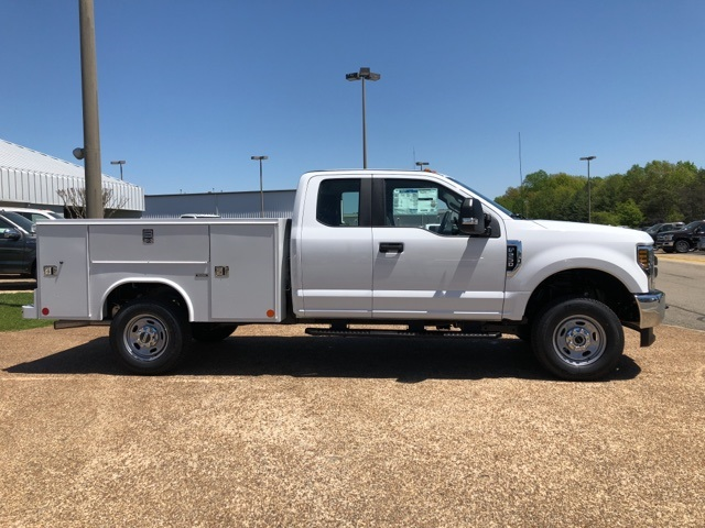 2018 F-250 Super Cab 4x4,  Reading Service Body #NEC27610 - photo 8
