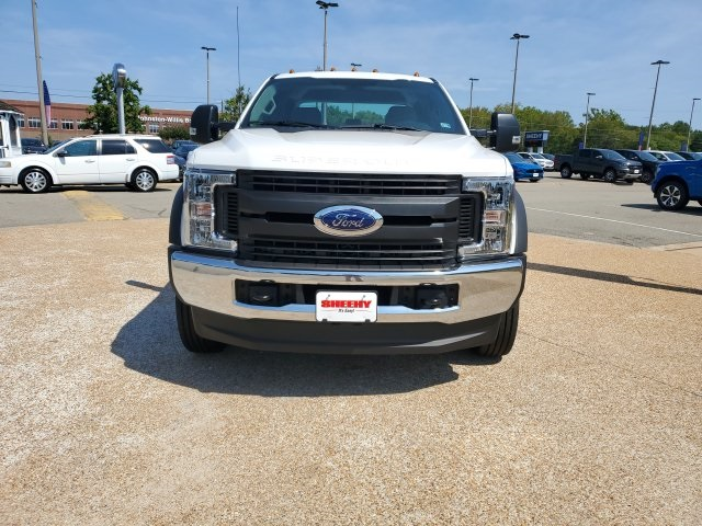 2019 F-550 Crew Cab DRW 4x4,  Reading SL Service Body #NF84964 - photo 3
