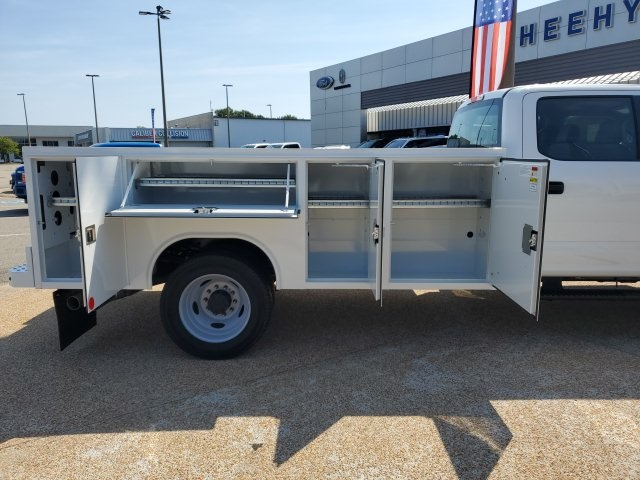 2019 F-550 Crew Cab DRW 4x4,  Reading SL Service Body #NF84964 - photo 9