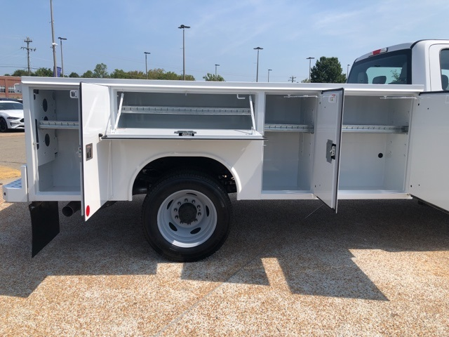 2019 F-450 Crew Cab DRW 4x4,  Reading SL Service Body #NF89815 - photo 11