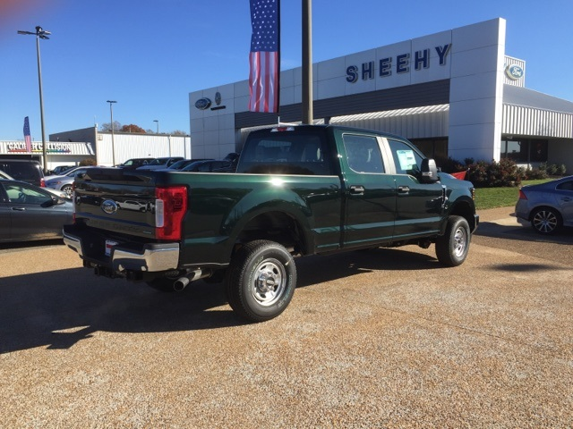 2019 F-250 Crew Cab 4x4, Pickup #NF91661 - photo 1
