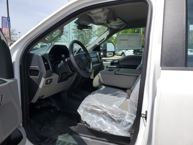 2019 Ford F-450 Crew Cab DRW 4x4, Reading Panel Service Body #NG57942 - photo 11