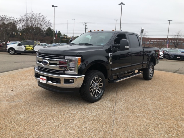 2019 F-250 Crew Cab 4x4, Pickup #NG67515 - photo 4