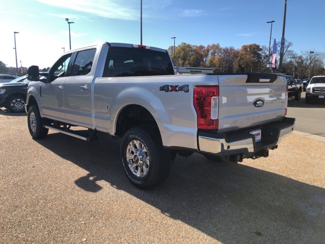2019 F-250 Crew Cab 4x4, Pickup #NG84176 - photo 6